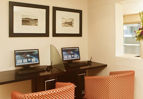 Protea Hotel Cape Town Cape Castle: Business Center
