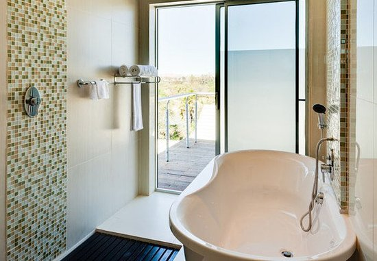 Upington, Sudáfrica: Suite Bathroom