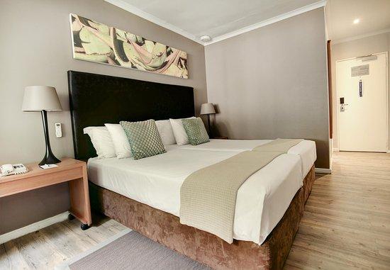 Protea Hotel George Outeniqua : Superior Guest Room