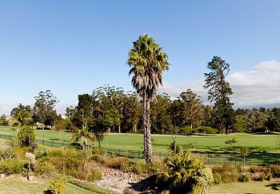 โรงแรมโปรที คิงจอร์จ: George Golf Course