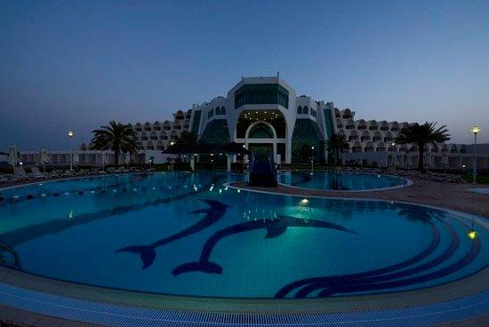 Mirfa, De Forenede Arabiske Emirater: Pool