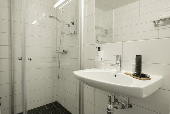 Södertälje, Schweden: Standard Bathroom