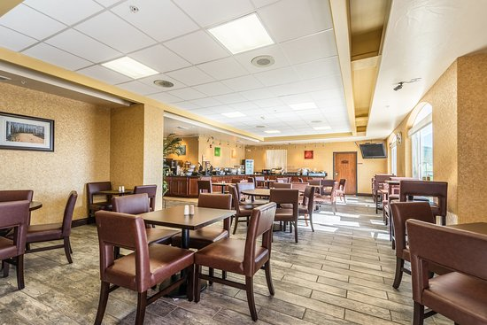 Comfort Inn & Suites Cedar City: Breakfast area