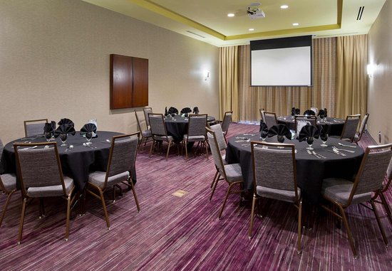 Maple Grove, MN: Event Space