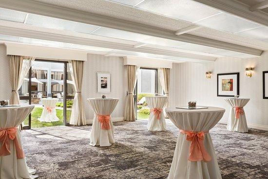 Novi, ميتشجان: Salon D with Reception Set-Up