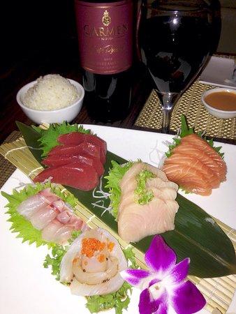 Wall Township, นิวเจอร์ซีย์: Sashimi dinner and spicy rock shrimp