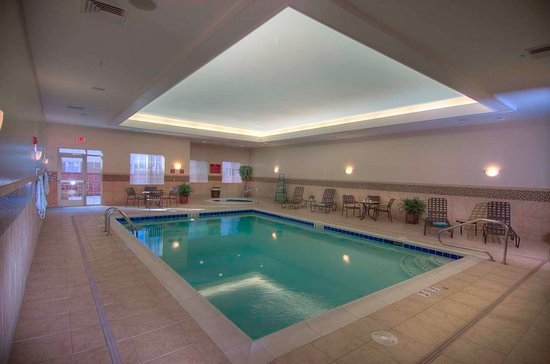 Medford, OR: Indoor Pool and Spa