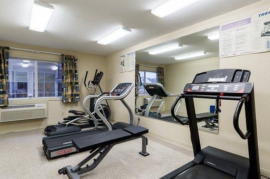 Hadley, MA: Fitness Room
