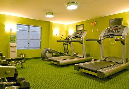 Plainville, CT: Fitness Room