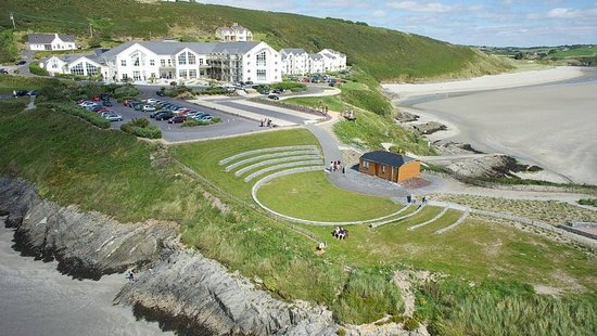 Inchydoney Island Lodge & Spa: Exterior view - Summer