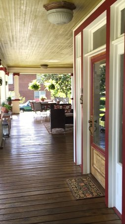 Glen Alpine, Kuzey Carolina: front porch