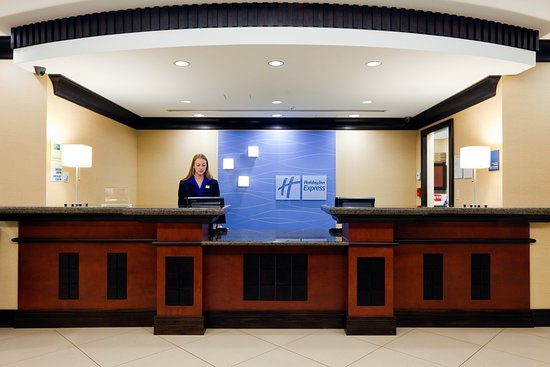 Saraland, ألاباما: Front Desk