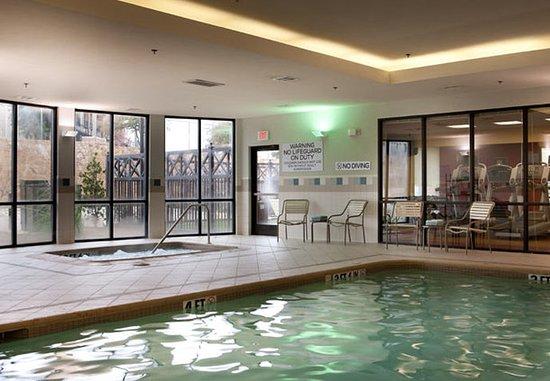 Denton, Техас: Indoor Pool