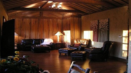 Shell Knob, MO: Deluxe Two Bedroom Suite