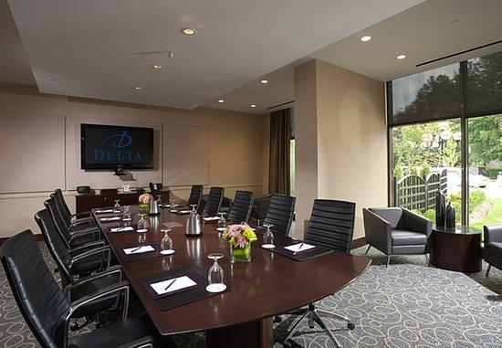Burnaby, แคนาดา: The Executive Boardroom