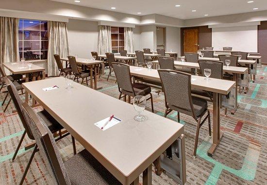 Midland, TX: Meeting Room