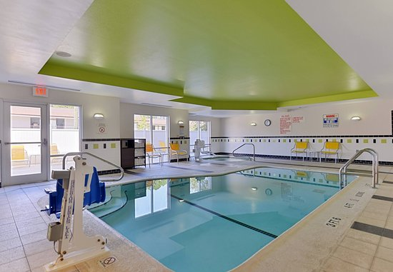Kingsland, Géorgie : Indoor Pool & Spa