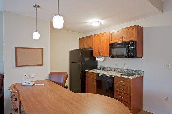 Bluffton, Caroline du Sud : One Bedroom Suite - Kitchen
