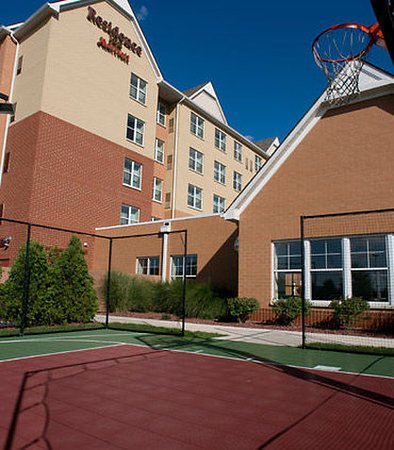 West Chester, OH: Sport Court