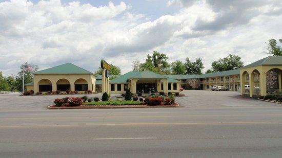 Muldraugh, Кентукки: Exterior
