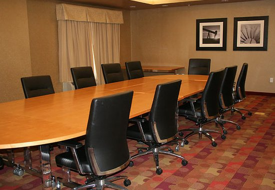 Broken Arrow, OK: Meeting Room