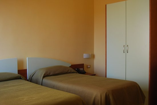 San Vito dei Normanni, İtalya: Triple Room basic