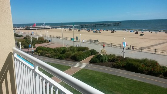 Four Points by Sheraton Virginia Beach Oceanfront: 20160824_105306_large.jpg