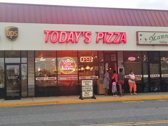 Mount Joy, PA: Today's Pizza