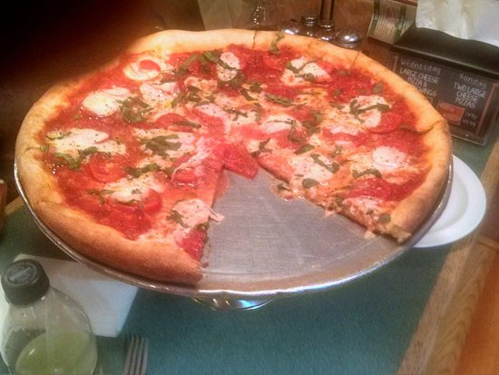 Mount Joy, PA: Magherita Pizza