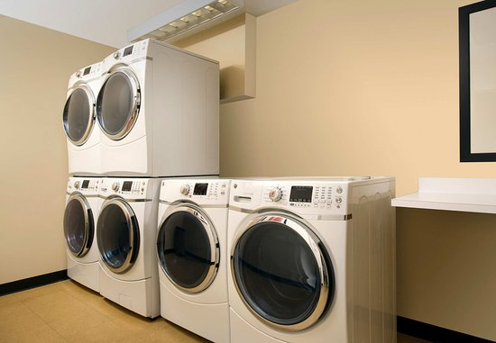 Lexington Park, MD: Laundry Facilities