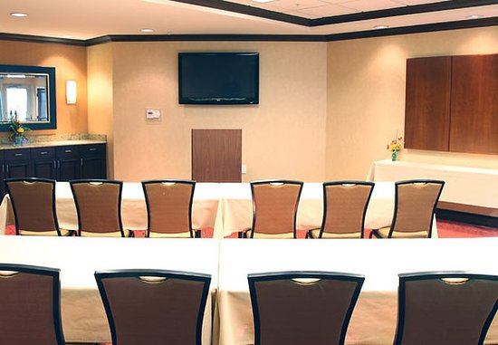 Columbus, IN: Atterbury Meeting Room