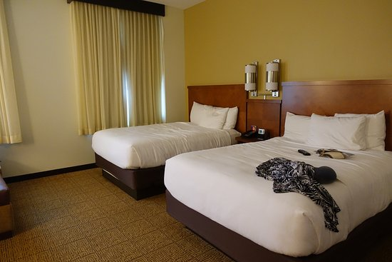 hyatt place des moines downtown beds air was adjustable and