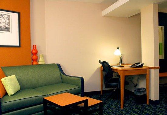 Jonesboro, AR: Suite Work Station