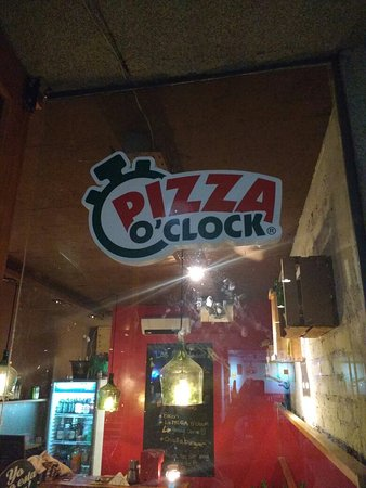 Pizza O'clock Gourmet