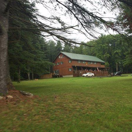 Vowinckel, Pensilvania: Brass Lantern Lodge approach