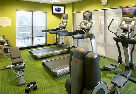 Fairfield Inn & Suites Cumberland: Fitness Center