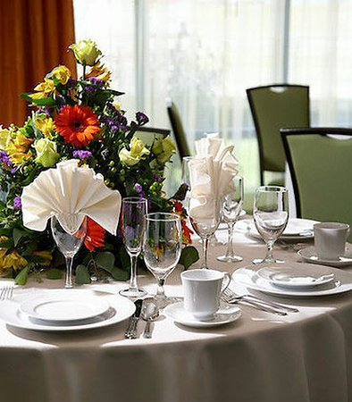 Fairfield Inn & Suites Cumberland: Banquet Detail