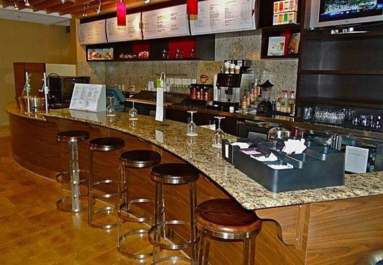 คลาร์กสวิลล์, เทนเนสซี: The Bistro Bar