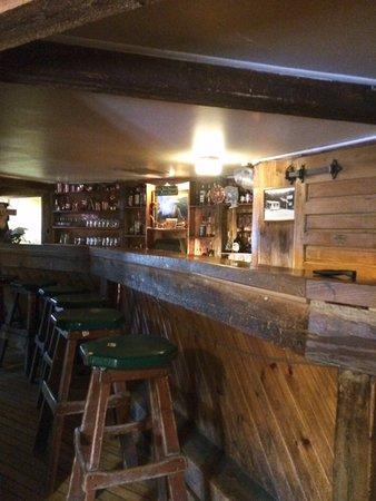 Ward, Κολοράντο: Unique old bar