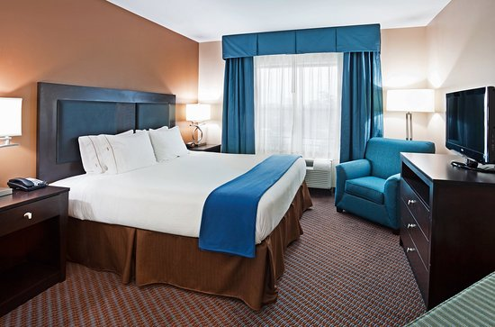 Holiday Inn Express Hotel & Suites Mt Pleasant-Charleston: Traditional King Guest Room