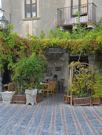 Savoca, Italie : Bar Vitelli