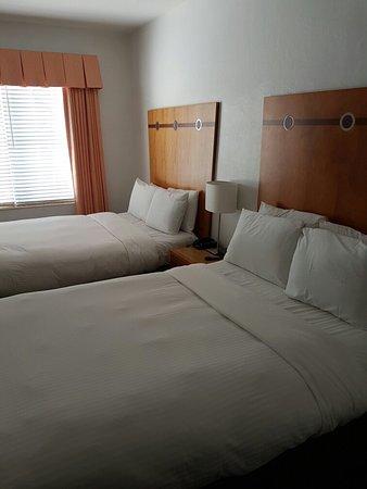Avalon Hotel: 20160820_183306_large.jpg