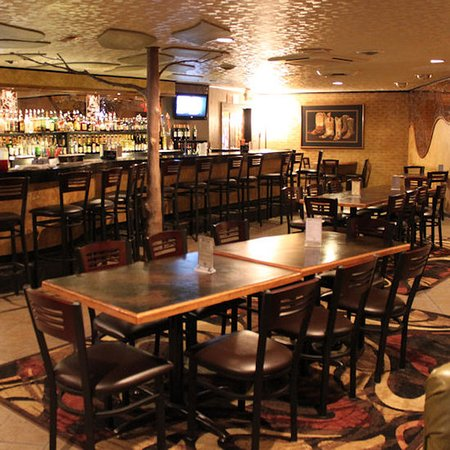 Lewistown, MT: Yogo Inn Golden Spike Lounge