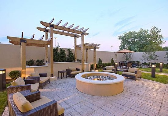 Hagerstown, MD: Outdoor Fire Pit
