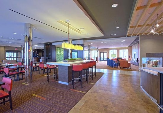 Hagerstown, MD: The Bistro® –Communal Table