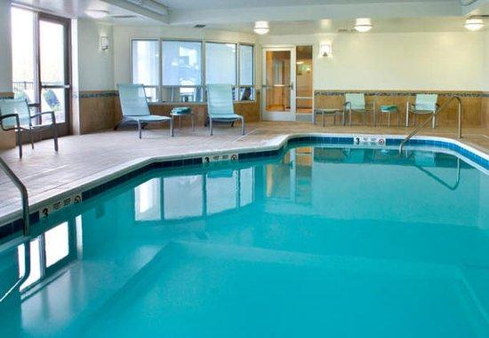 East Syracuse, Нью-Йорк: Indoor Pool