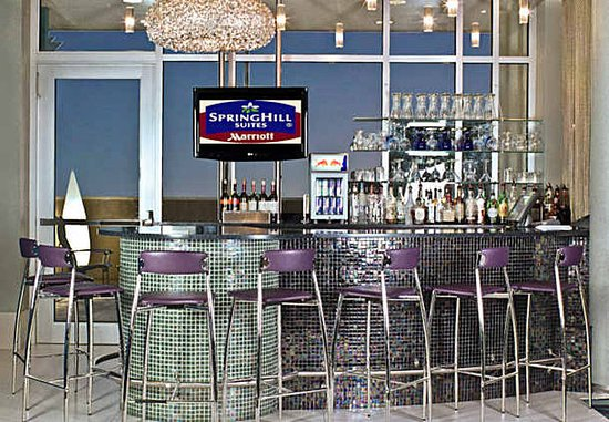 Ridley Park, Pensilvania: Lobby Bar