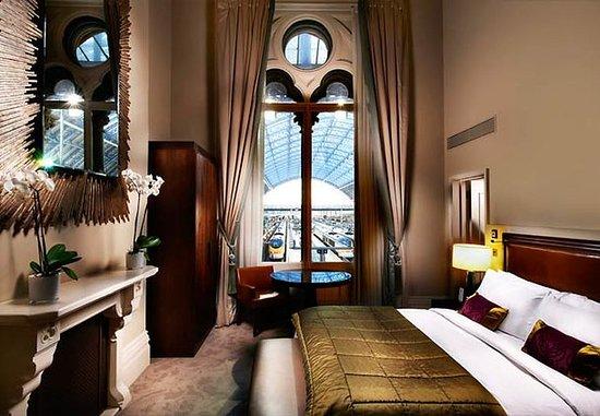 St. Pancras Renaissance Hotel London: Chambers Junior Suite