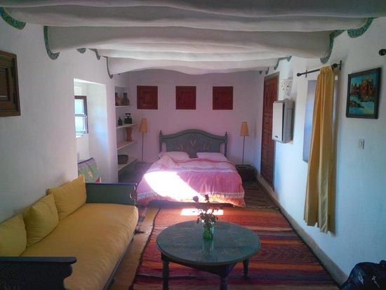 Ryad El Borj: camera matrimoniale (attenzione letto da 1 piazza e mezzo)