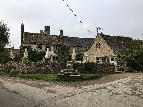 Lechlade, UK: photo0.jpg